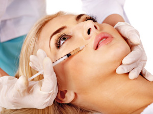 Juvederm fills in wrinkles, acne scars and skin recessions